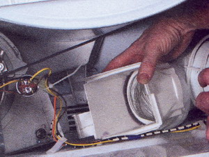 Некоторые воздуховодные шланги отсоединяются изнутри