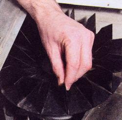 вращается ли барабан, если вращаться крыльчатку вентилятора