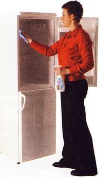Содержите холодильник в чистоте