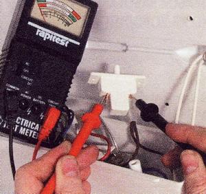 Проверьте выключатель тестером