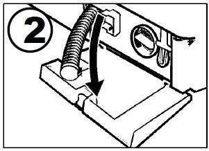 Отсоедините сливной шланг от держателя и достаньте его из корпуса