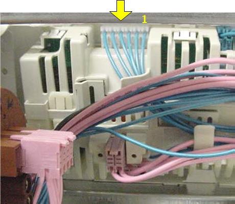 измерения на 6-контактном разъеме приводного двигателя барабана