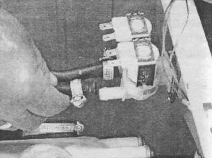 Отсоединение трубок от штуцеров ЭК