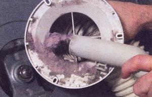Прочистите вентиляционный воздуховод
